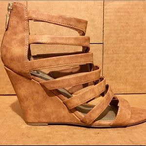 Guess Open Toe Wedges Size 10M